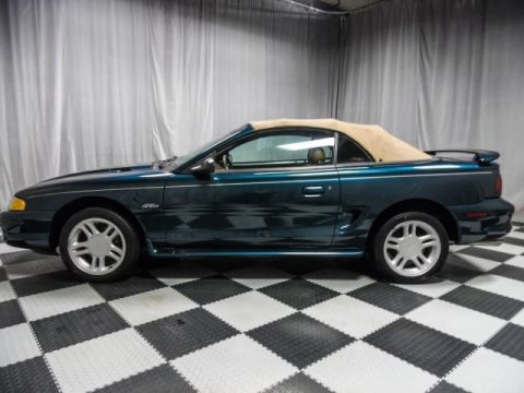 Pre-Owned 1996 Ford Mustang GT RWD 2D Convertible