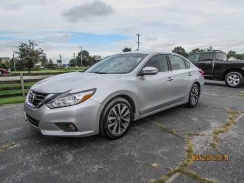 Pre-Owned 2017 Nissan Altima 2.5 SL Front Wheel Drive Sedan